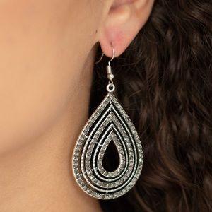 ❤️5th Avenue Attraction Earrings